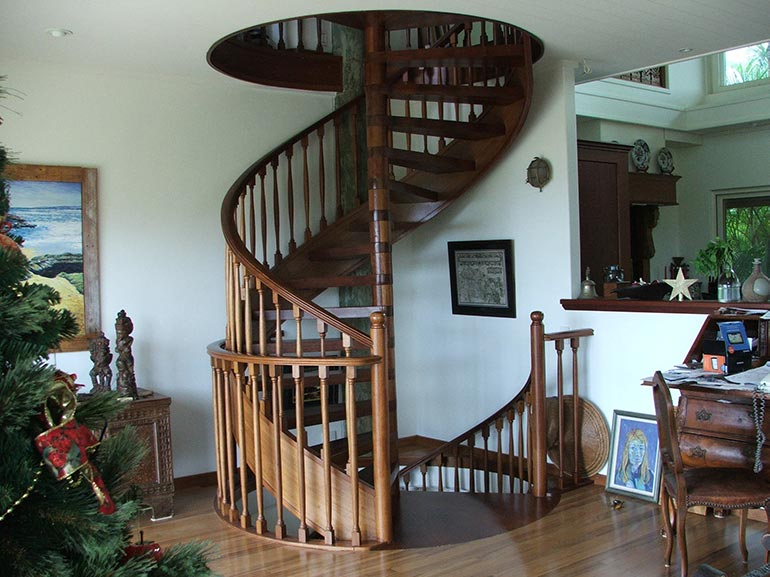 spiral kwila with stringer No4 Woodturned baluster